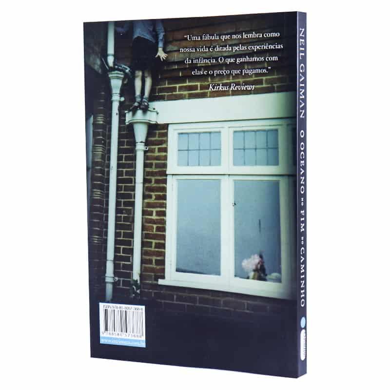 Livro O Oceano No Fim do Caminho - Neil Gaiman